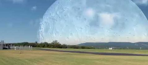 Wenn der Mond der Erde so nahe wäre wie die ISS